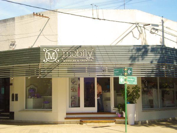 "Cartel ""Mobily – Muebles & Objetos"""
